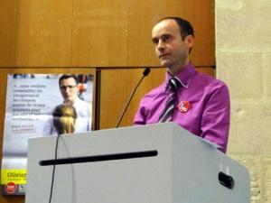 Serge Maupouet (MRC), à la tribune
