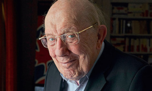 Hommage à Jacques Duquesne, président du bateau feu.