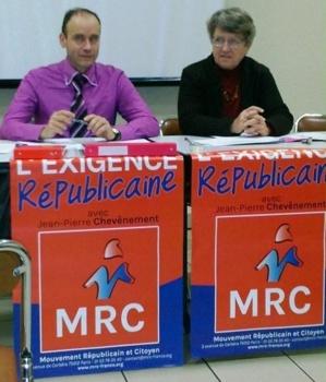 Serge MAUPOUET et Martine SOUVIGNET réunion-débat sur la réforme territoriale (Saintes - 26 novembre 2014) cliché : Michel Le Creff