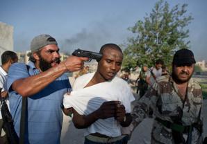 Trafic d'esclaves en Libye, l'horreur pour conséquences de l'explosion du pays.