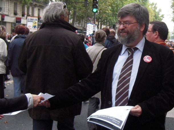 Le MRC sera présent aux manifestations du mardi 19 octobre 2010 pour les retraites