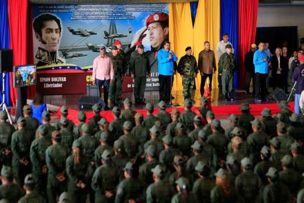 Tribune : La France doit rester indépendante et s'engager pour une issue diplomatique au Venezuela.
