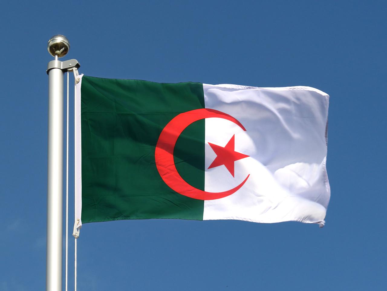 Algérie : ne pas rester sourd à la jeunesse et aux citoyens en mouvement !